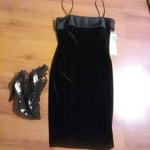 Sphagetti Strap Velvet Dress